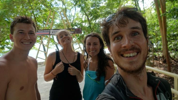 Avec nos potes Gab et Amélie